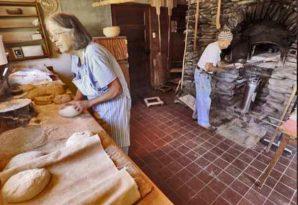 Helen & Jules working in their bakery