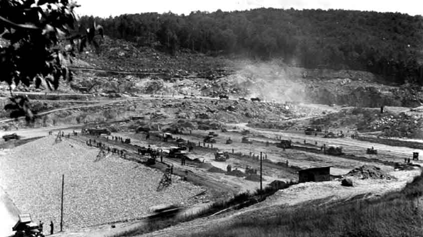 Wrightsville Dam under construction, 1934