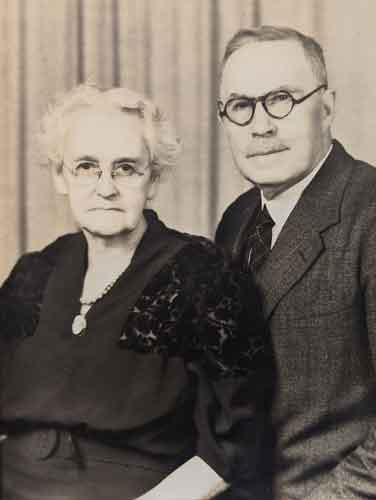 Tom's paternal grandparents, Earle Russell Davis and Lois Salome Hillery